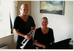 Carina Olesen (tv) og Bente Ibenfeldt (th)